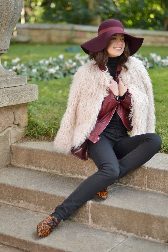 abrigo de pelo largo blanco