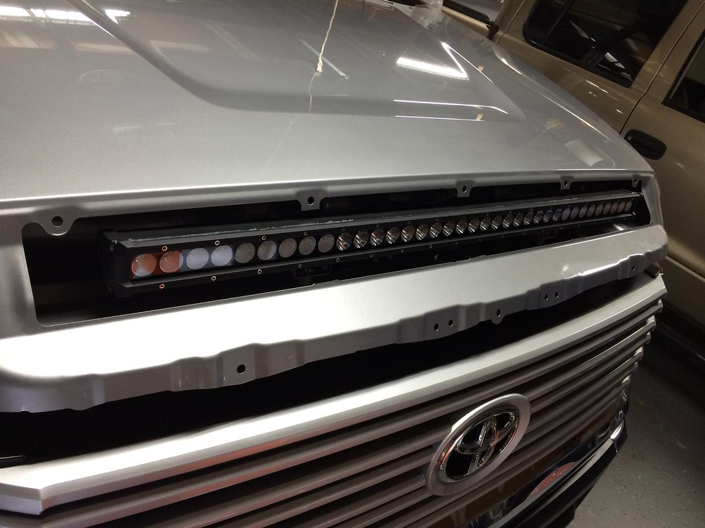 Greatavalon S Hood Bulge Led Bar Tundratalk Net Toyota