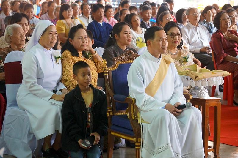 บาดหลวงใหม่คณะธรรมทูตไทย