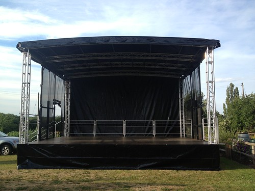 Outdoor Stages And Seating For Festivals Concerts And Events Event Stage Amp Staging