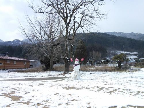 봄눈사람 |  시골집 풍경