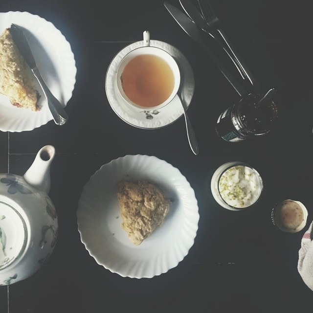 The Menu ___________ ▫Orange tea, gently brewed ▫Natural yogurt, hung. With lime zest ▫Raspberry & Pomegranate Jam, made in France ▫Pawpaw and lime scones, freshly baked  #kitchenbutterfly #instafood #instagood #foodagram #foodstagram #freshlymade #health