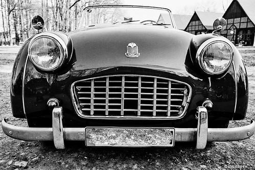 Triumph #  - 021_18A - Leica R9 Kodak Retina200 - 2007