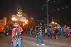 143 Flambeaux