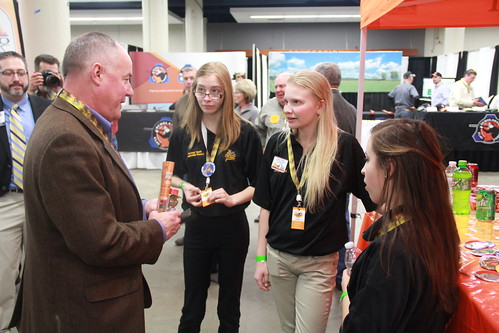 FSA Administrator Val Dolcini talks to youth about their passion for sustaining wildlife habitats and natural resources at the 2015 National Pheasant Fest and Quail Classic.