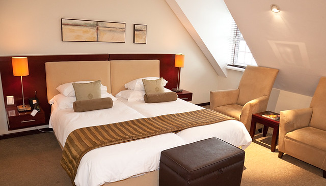 Winchester Mansions - Modern Classic Room