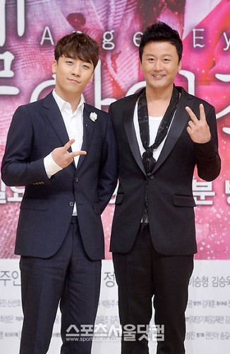 seungri_angel_eyes_140403_016-400x614