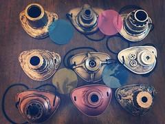 Preparando el camino hacia la #eurosteamconandalucia Estos #monoculos estarán #enventa Como veis, todos diferentes y personalizados: lisos, estriados, de colores, envejecidos... todavía estáis a tiempo de encargarnos alguno!! . . #eurosteamcon #steampunk