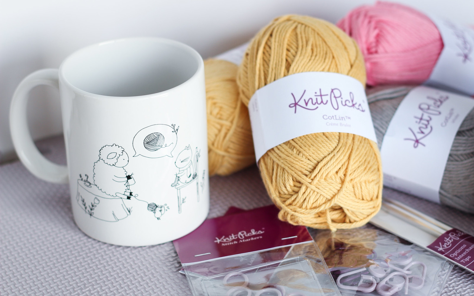 Yarn love mug Sheep and Kitten from Knitpicks