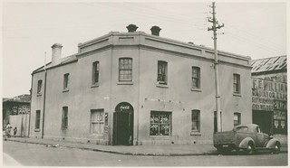 Former Lady Fergusson Hotel, Currie Street, 1942