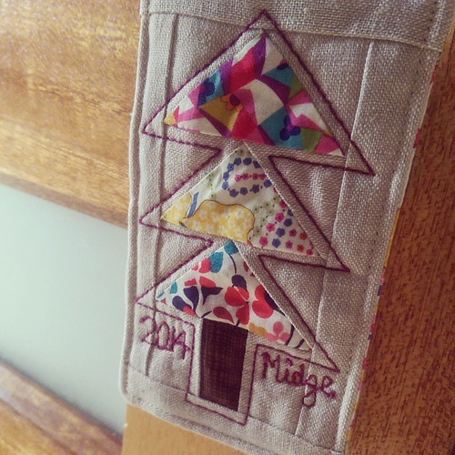 Finished!! I hope whoever receives my Xmas decoration at our #melbournemqg get together likes it! #liberty #aurifil