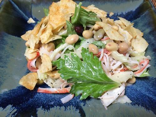 セロリと豆のサラダ