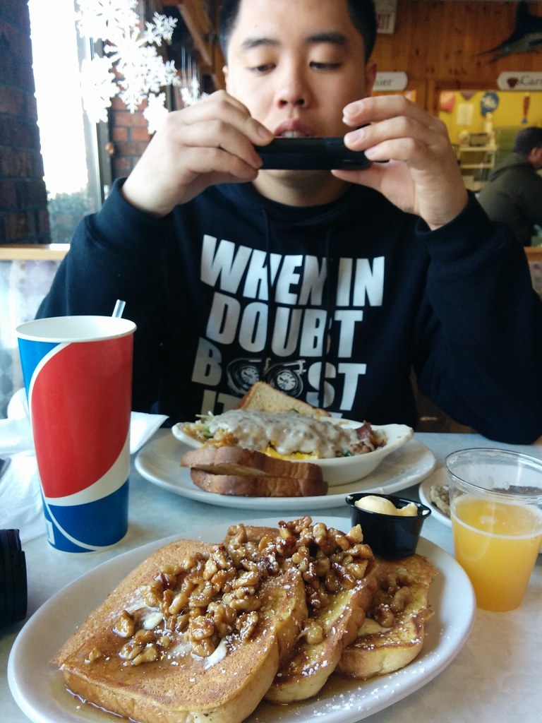 Layton's Ninety-Second St Restaurant