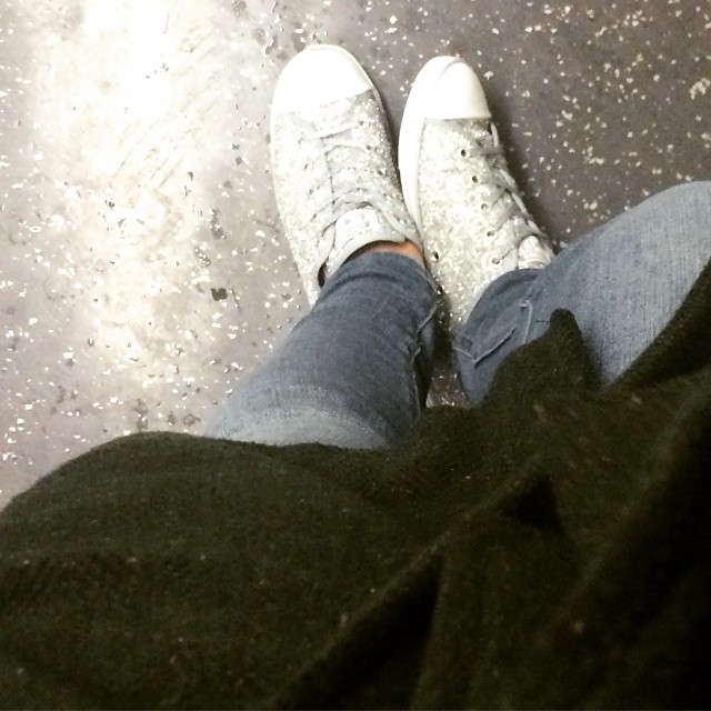 #whatiwore sparkly converse, denim leggings and the best green coat ever for flat hunting.
