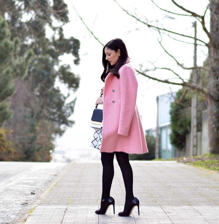 zara_pink_coat_ootd_outfit_stradivarius_tfnc_dress_05