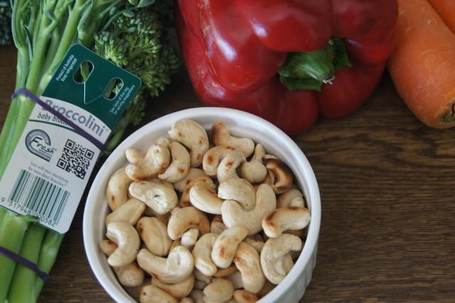 Chicken, cashew and ginger stir fry DSC02907