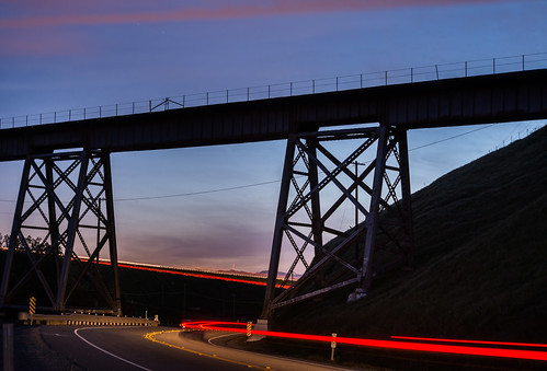 california bridge winter sunset sky black color silhouette northerncalifornia march nikon infinity country rail grade bayarea unionpacific eastbay livermore greenville alamedacounty d800 580 altamontpass 2015 lightstream tresle boury pbo31