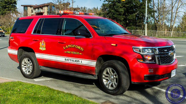 New fire ems charger tahoe suburban taurus and explorers vehic pool