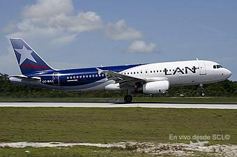LAN A320 CC-BAJ en CUN (Ricardo Morales)