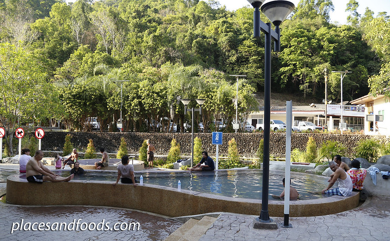 Raksawarin Hot Spring Ranong hot spring relaxing
