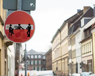 Streetart - Stop-Bar