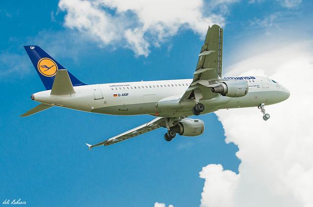 Lufthansa - D-AIQP