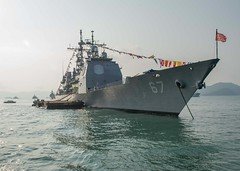 USS Shiloh (CG 67) sits at anchor during the Langkawi International Maritime and Aerospace Exhibition (LIMA). (U.S. Navy/Lt. Frederick Martin