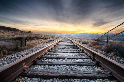 railroad mountains landscape utah nikon dusk tracks sigma rail draper 24105mmf4 sigmaart d800e