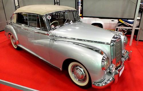 Mercedes 300 Adenauer cabriolet