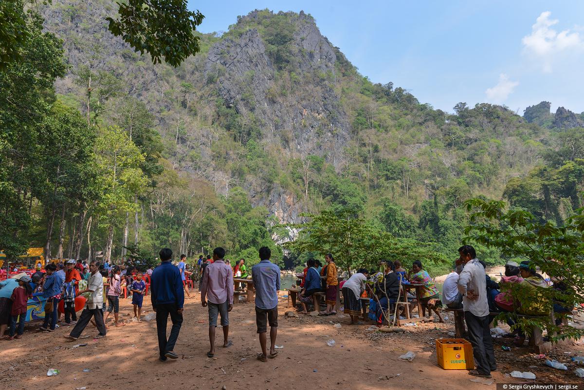 Kong_Lor_Cave_Laos-7