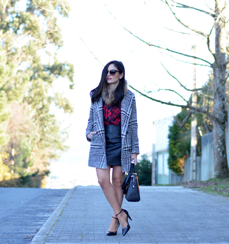 Zara_plaid_ootd_inspiration_outfit_skirt_leather_coat_fur_05