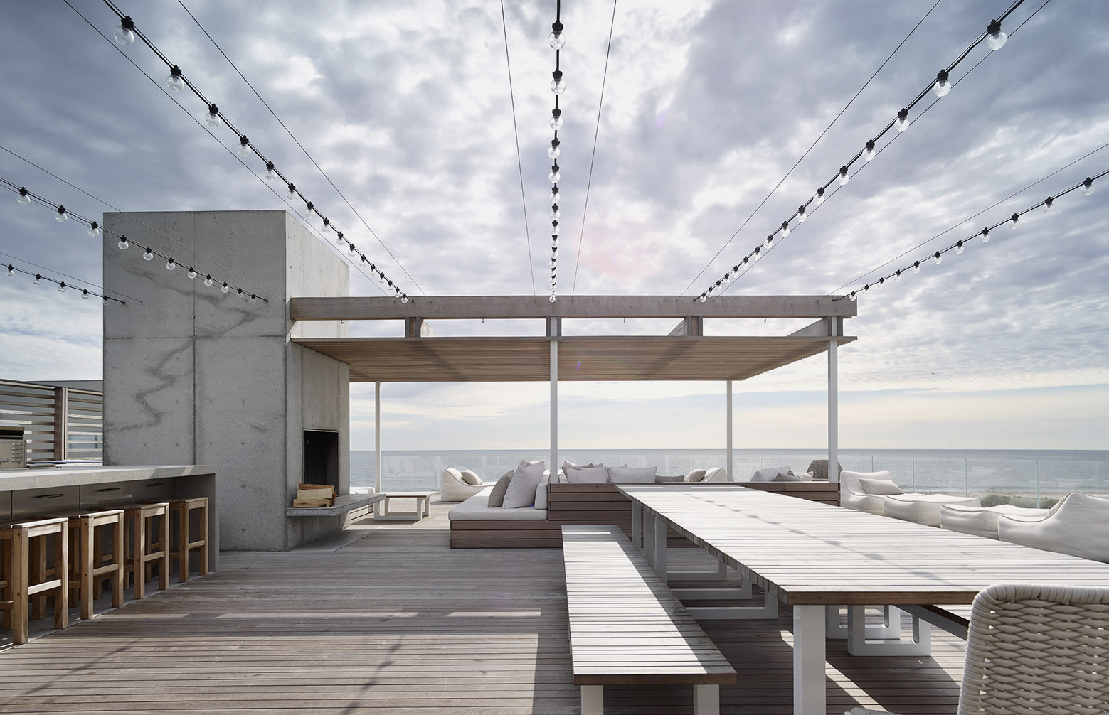 mm_Ocean Deck House design by Stelle Lomont Rouhani Architects_17