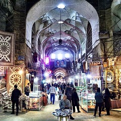 In the center of bazaar in Esfahan. It smells amazing with aroma of different spices sold here.  #iran #esfahan #irani #travelling #picoftheday #streetphoto #bazaar #instagram #instapic #persia #persian #stunning_shots #iranian #travelgram #travelphotogra