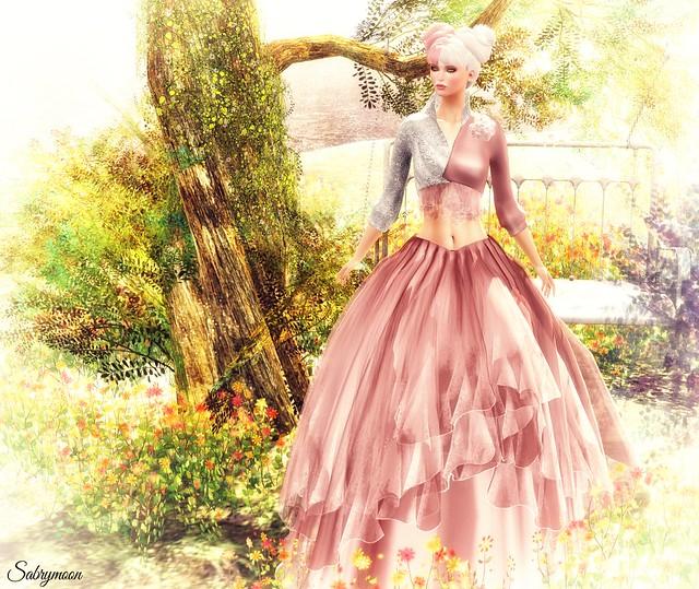 Sabrymoon wearing -AZUL- Yulia Gown