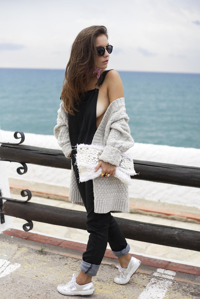 016_black_jumpsuit_outfit_reiko_blogger_barcelona_theguestgirl