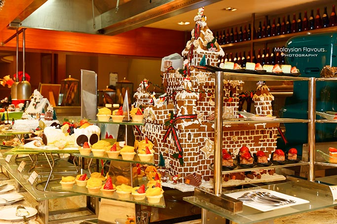 christmas-and-new-year-buffet-cinnamon-coffee-house-one-world-hotel-pj