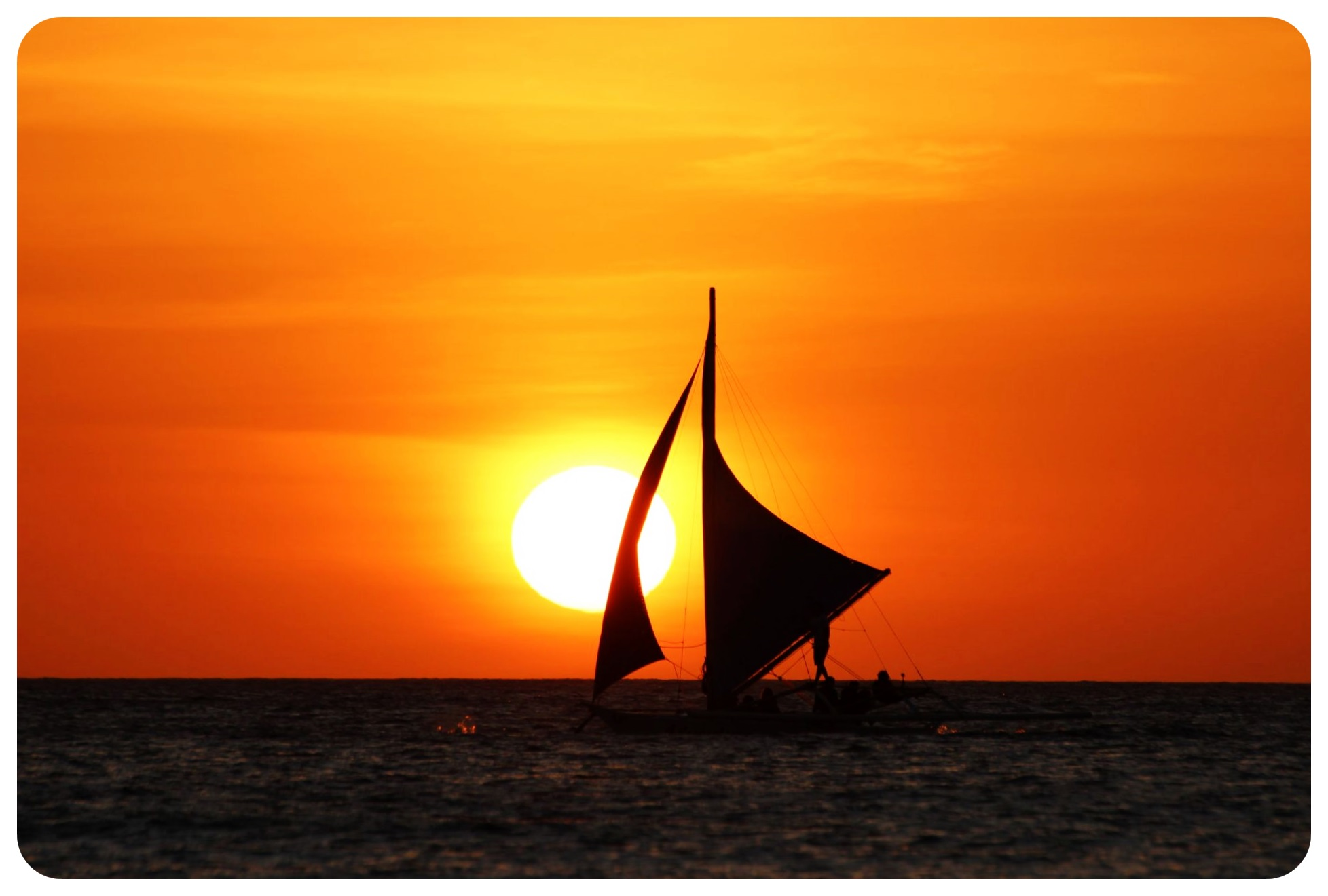 boracay sunset with boat1