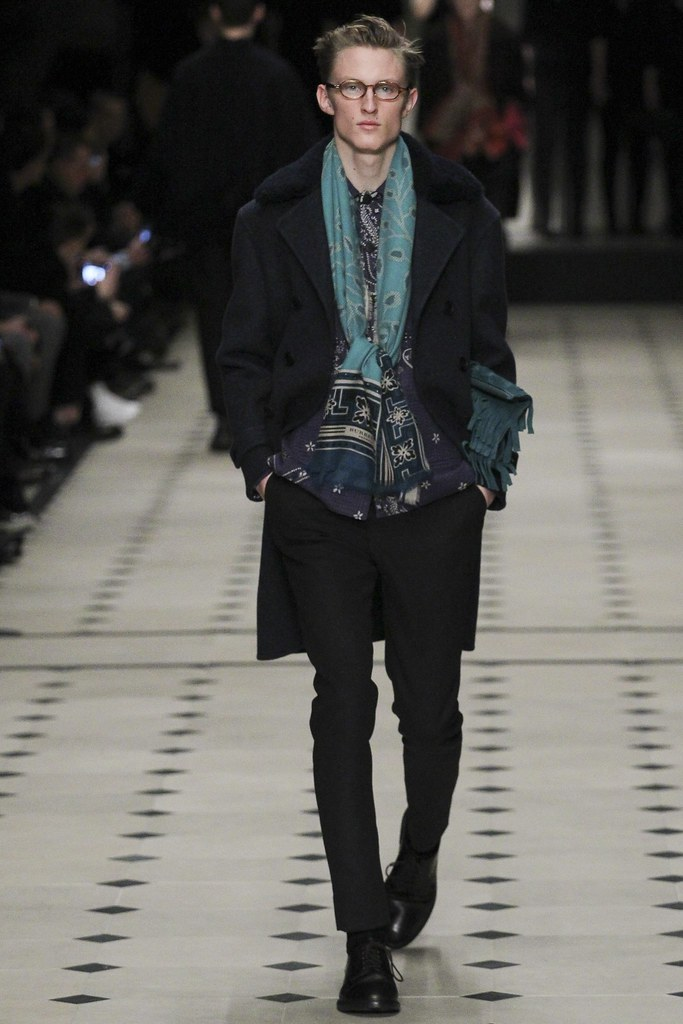 FW15 London Burberry Prorsum009(VOGUE)