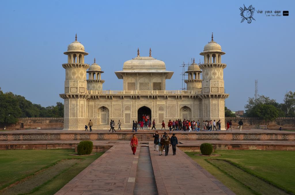 Taj Mahal-2548