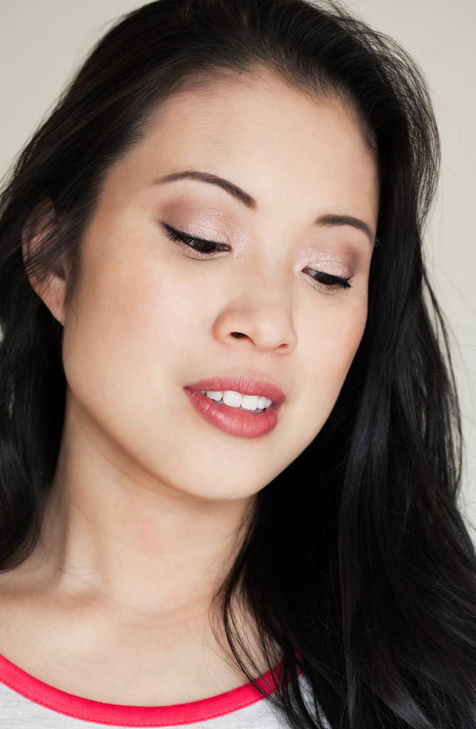 makeup tutorial: classic neutral eyes with Neutrogena