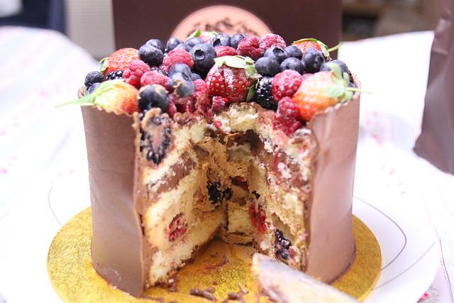 Patisserie Valerie inside cake