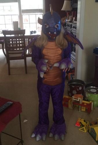 Catie wore her Spyro (Skylanders) costume to Comic-Con.