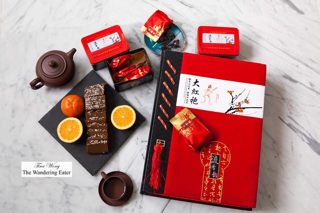 Da Hong Po Tea (武夷岩茶)