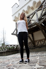 textile, footwear, clothing, abdomen, white, trousers, leggings, limb, leg, fashion, photo shoot, human body, tights,