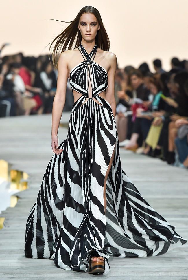 3 Roberto Cavalli SS 2015 Fashion Show