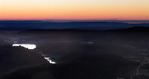 sunset provence canigou bouchesdurhône provencealpescôtedazur vauvenargues barragedebimont