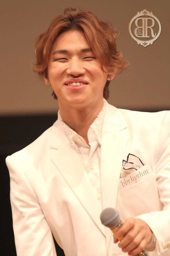 DLite-FanEvent-Osaka-20141101-HQ1-2
