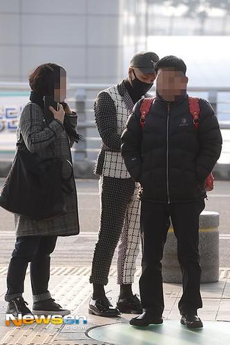 Tae Yang - Incheon Airport - 09jan2015 - Newsen - 03