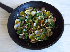 Clams with mustard | Food From Portugal