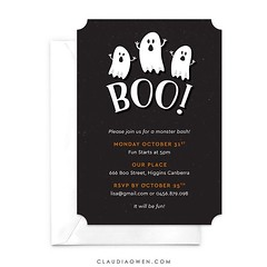 Boo! :ghost: There's still plenty of time to send digital invitations for Halloween! #halloween #halloween2016 #ghost #party #partyinvitations #boo #childrensparty #kidsparty